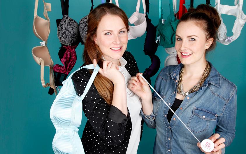 Die SugarShape Schwestern mit den SugarShape Produkten.
