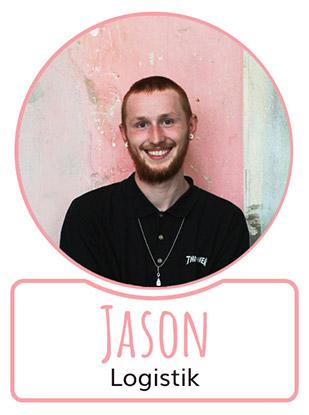 Jason - Mitarbeiterin in der Logistikabteilung von SugarShape